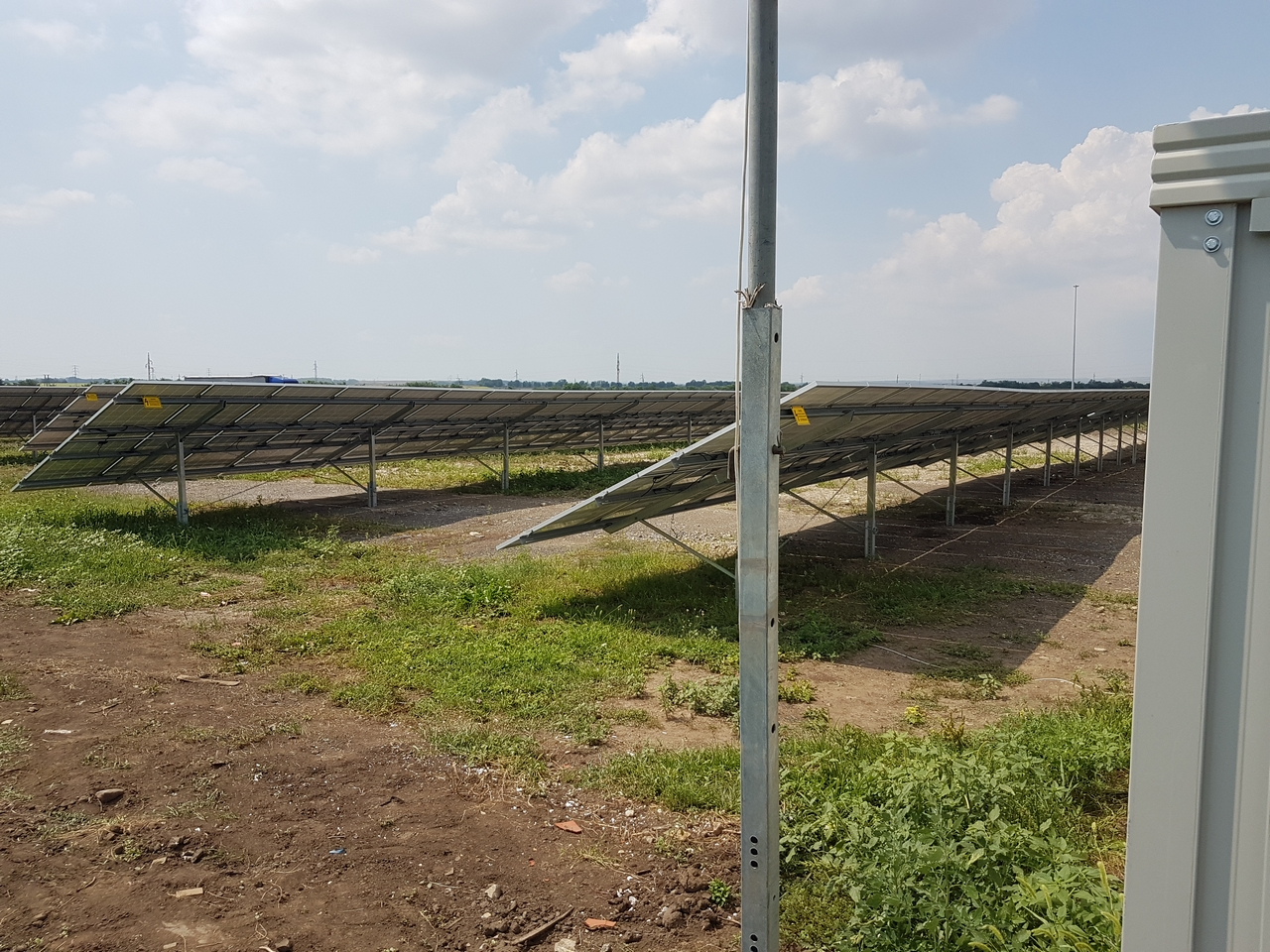 Napelem telep kiépítése és távfelügyelet Lőrinciben